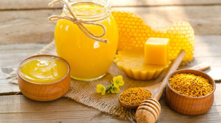 Miel-pollen-et-gelee-royale-ce-qu-ils-soignent