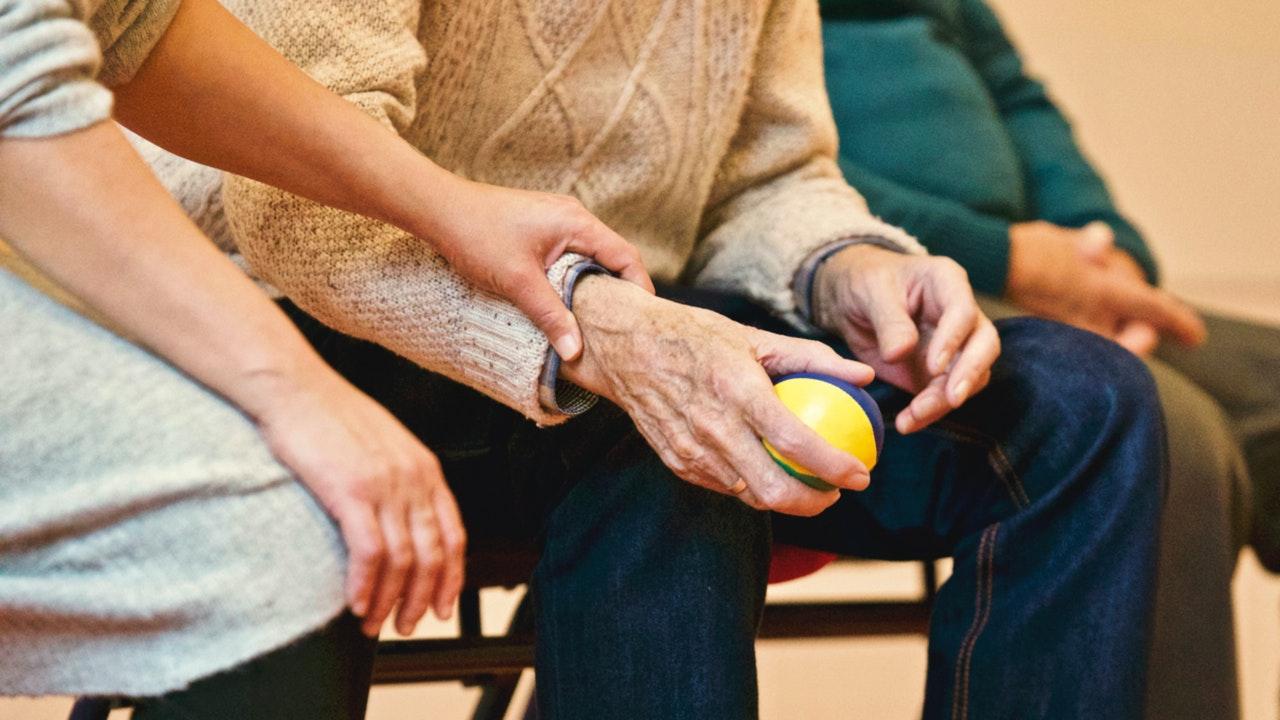 aide à domicile pour les personnes âgées